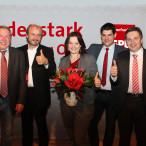Mit Doris Aschenbrenner ziehen SPD-Unterbezirksvorsitzender Thomas Rausch (2. von rechts), die Kreisvorsitzenden (von links) Dr. Ralf Pohl (Kronach), Stefan Sauerteig (Coburg) und Carsten Höllein (Coburg-Land) in die Bundestagswahl.